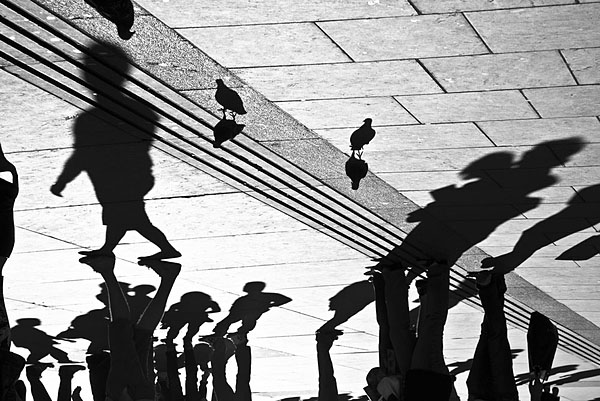 London Street Photography Workshop Trafalgar silhouettes Aldona Kmiec Photography Ballarat Melbourne-Sydney-London