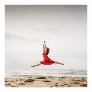 Emerging red dress Dancer Wakaba Shudo tobu means to fly japanese beach Point Addis